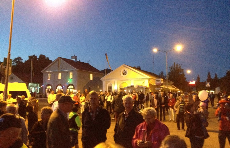 I Dalsbruk firas Forneldarnas natt på Stallsplan.