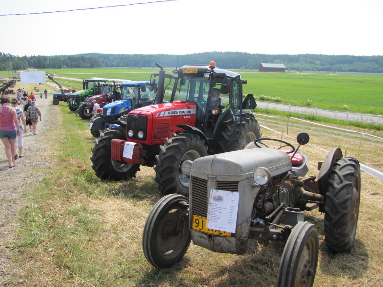 Traktorkavalkad4
