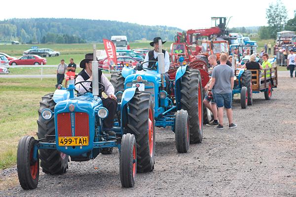 Traktori -cruising tulevana viikonloppuna