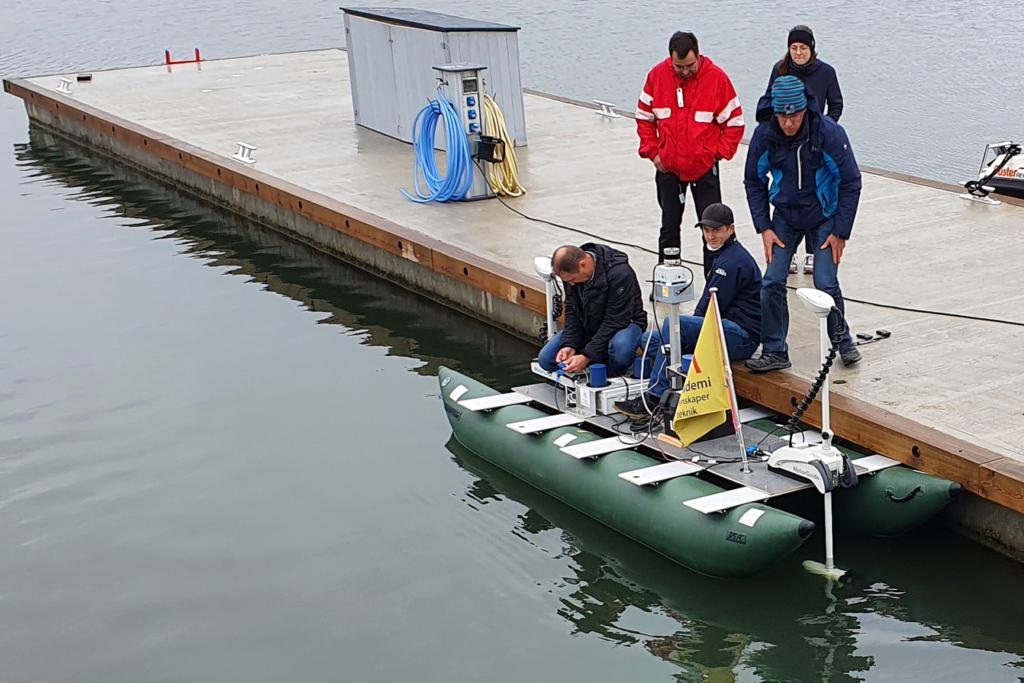 Miehittämätöntä venettä testattiin Taalintehtaalla