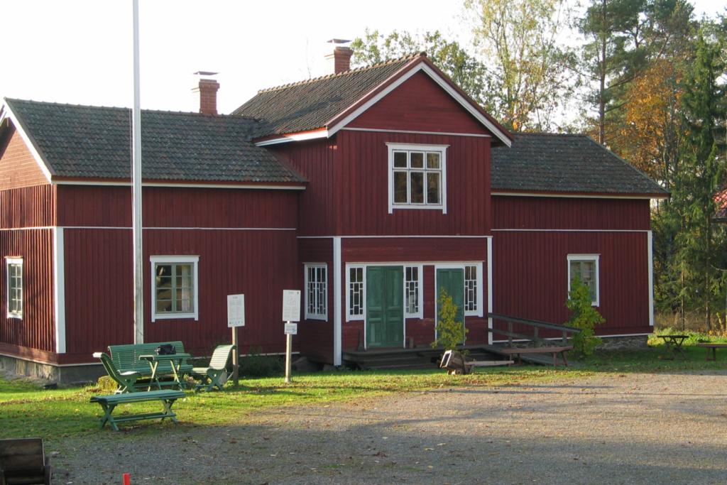 Eläviä lauantaita Sagalundin museossa